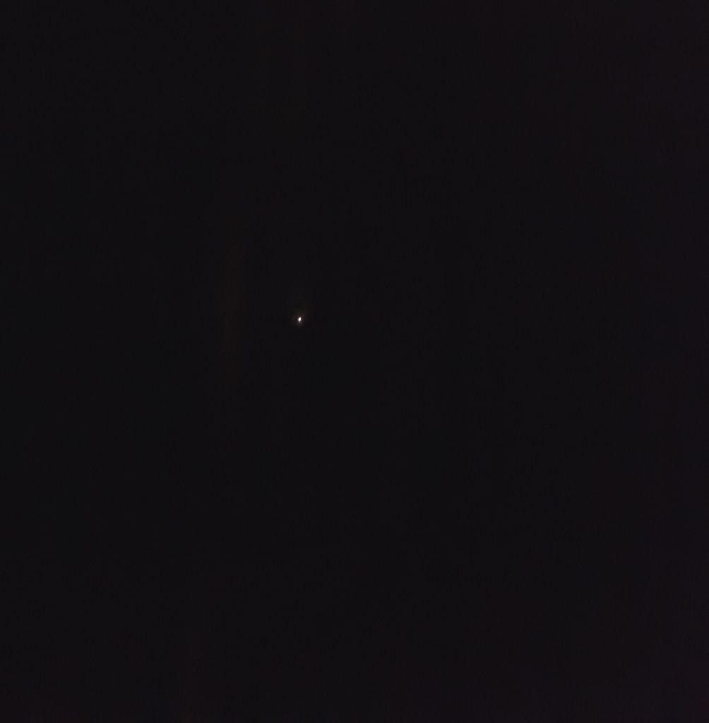 Moonlight skiing