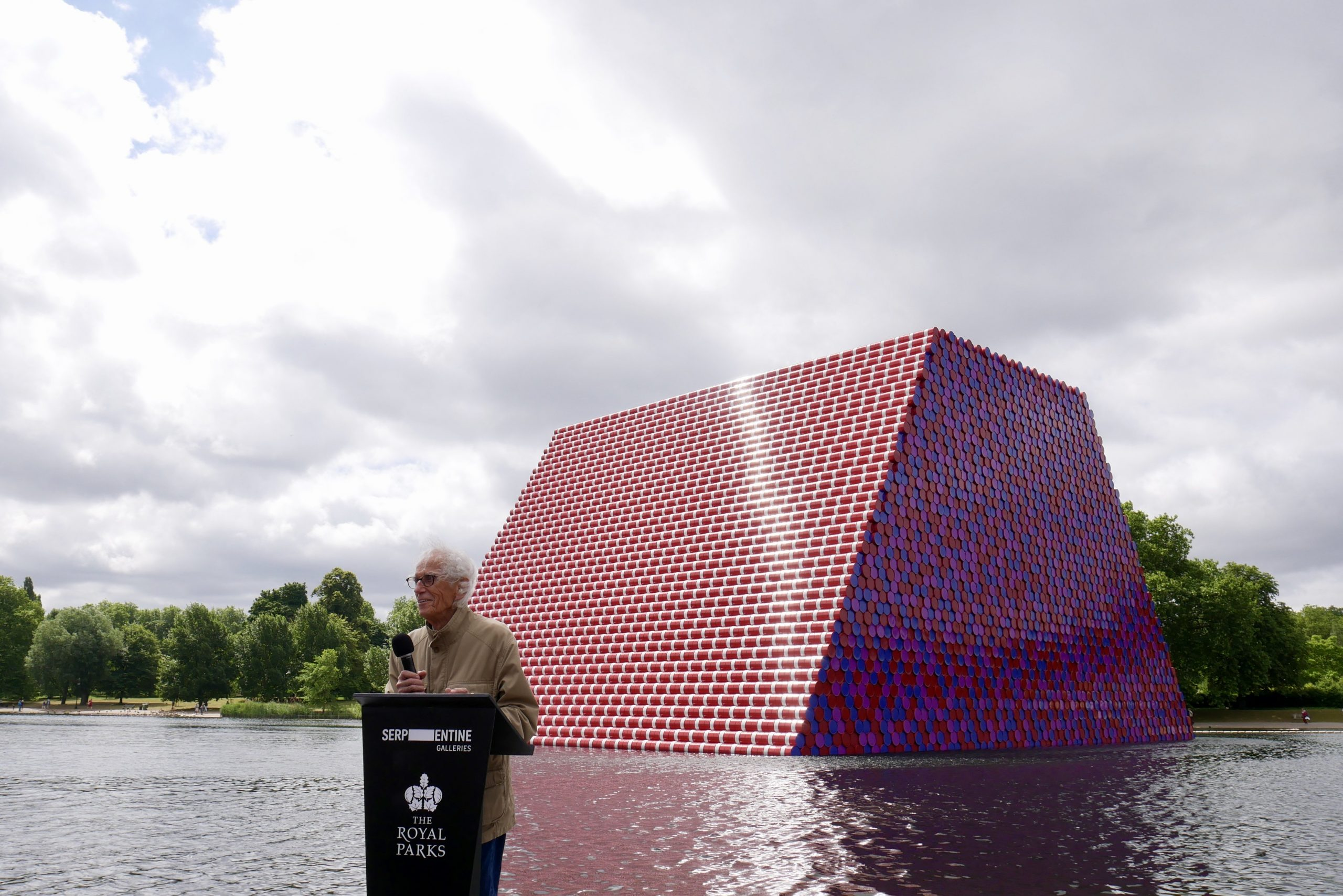 Christo unveils London Mastaba